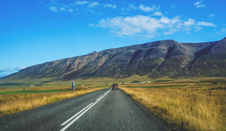 autofahren-island-rundreise-mietwagen-strassen