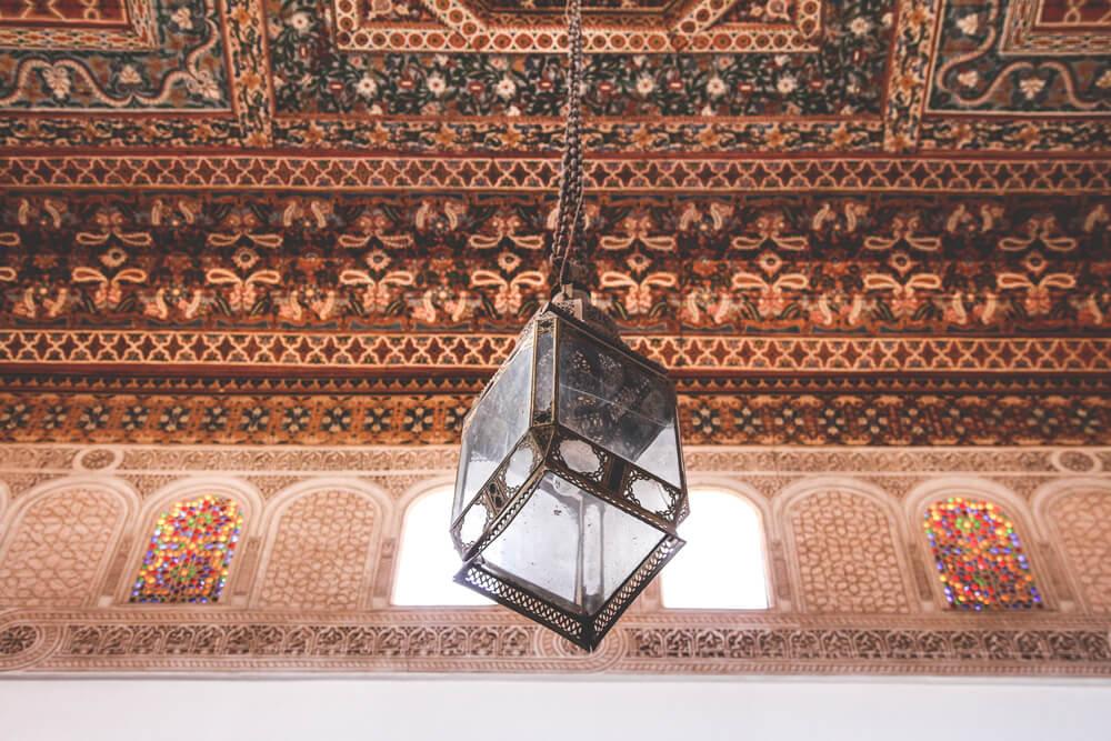 Marokko-Marrakech-Kunst-Architektur-Lampe-Mosaik
