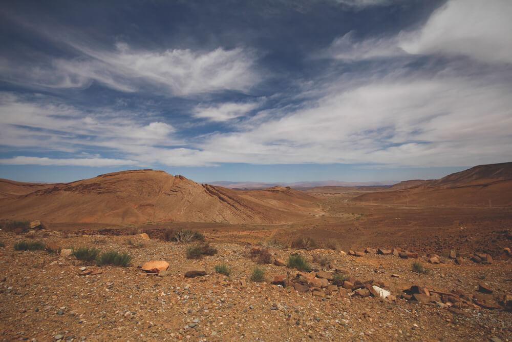 Marokko-Rundreise-Mondlandschaft-Steinwueste-Tingir-Merzouga
