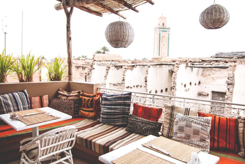 Marrakesch-Cafe-Restaurant-Terrasse-Ausblick-Souks-Medina