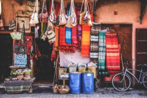Marrakesh-Souks-Strassen-Markt-Marokko-Shopping