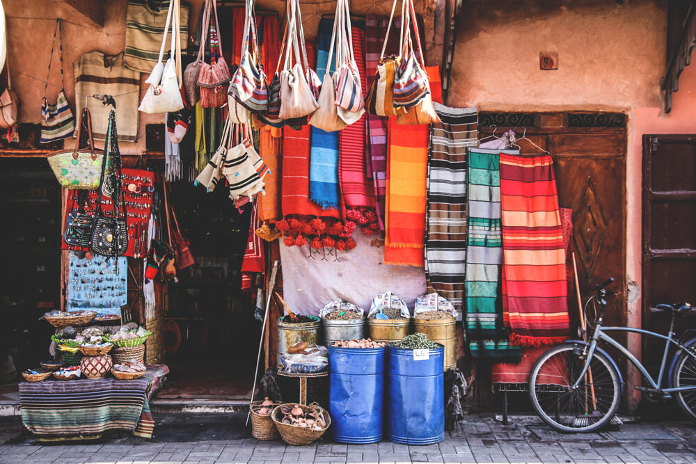 Marrakesh-Souks-Strassen-Markt-Marokko-Shopping