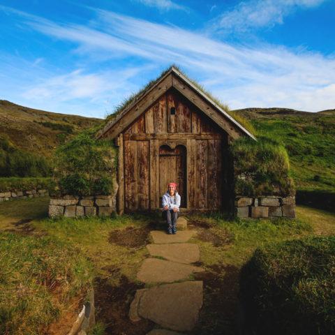 island-rundreise-highlights-sueden-haus-winkinger