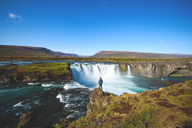 norden-island-highlights-godafoss-wasserfall