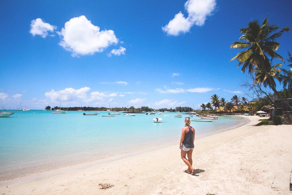 grand-baie-mauritius-strand-unterkuenfte