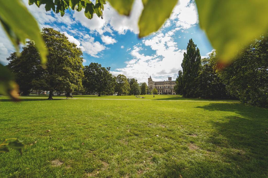 Hannover-Highlights-Welfengarten-Universitaet