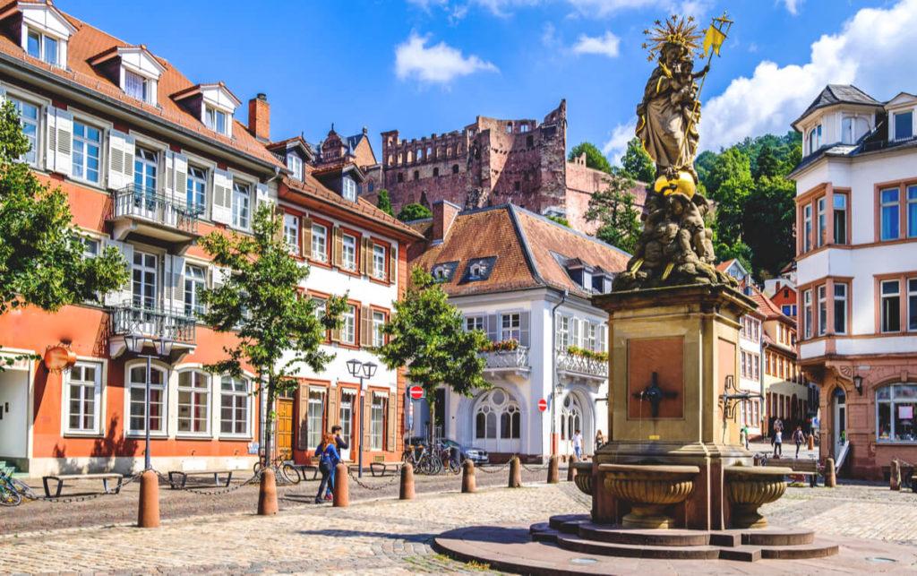 Heidelberg Sehenswürdigkeiten  Kornmarkt