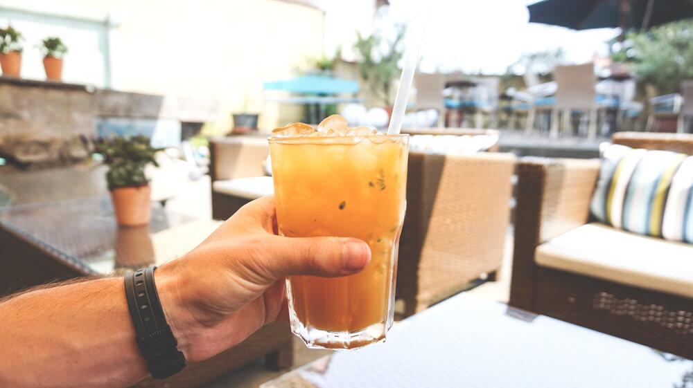 Ko-Ono-Hotel-Konstanz-Terrasse-Drink
