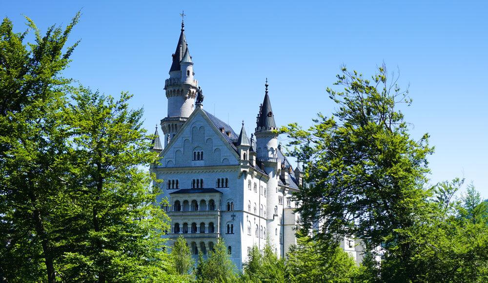 Schloss-Neuschwanstein-Hohenschwangau-Fuessen