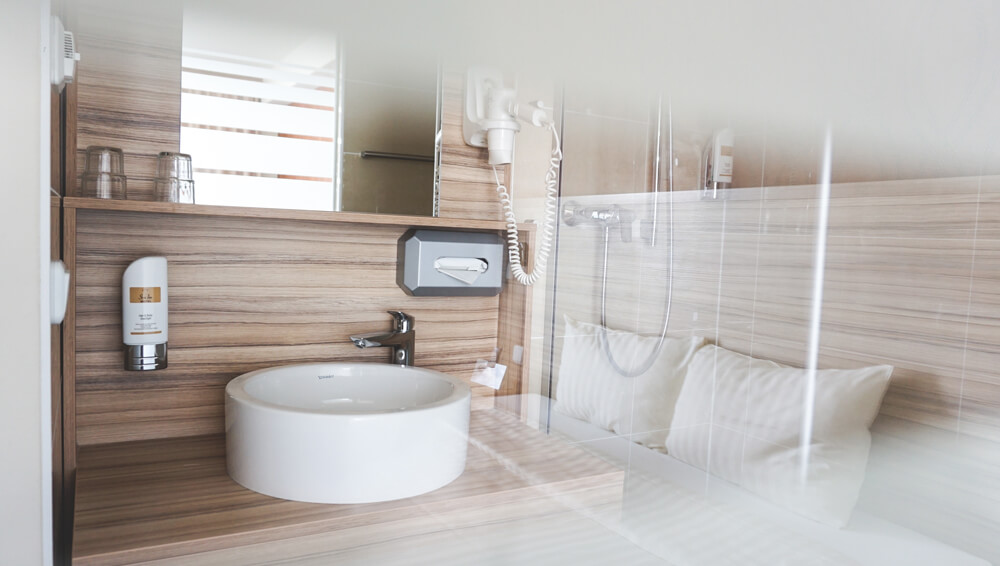 Star-Inn-Premium-Doppelzimmer-Bad-Muenchen-Tipps