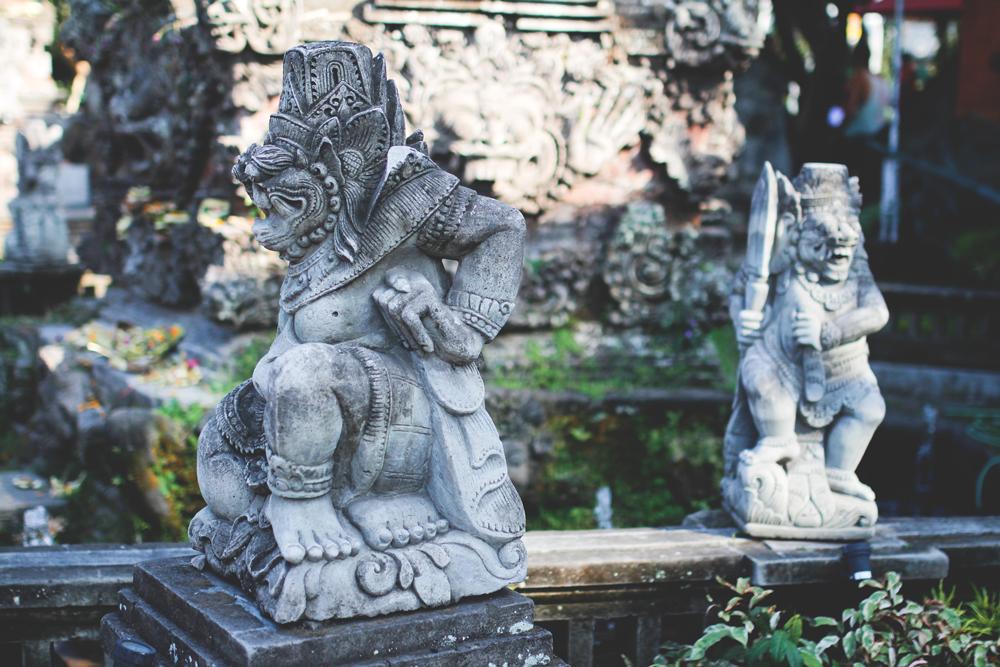Ubud-Bali-Tradition-Religion-Glaube-Deko