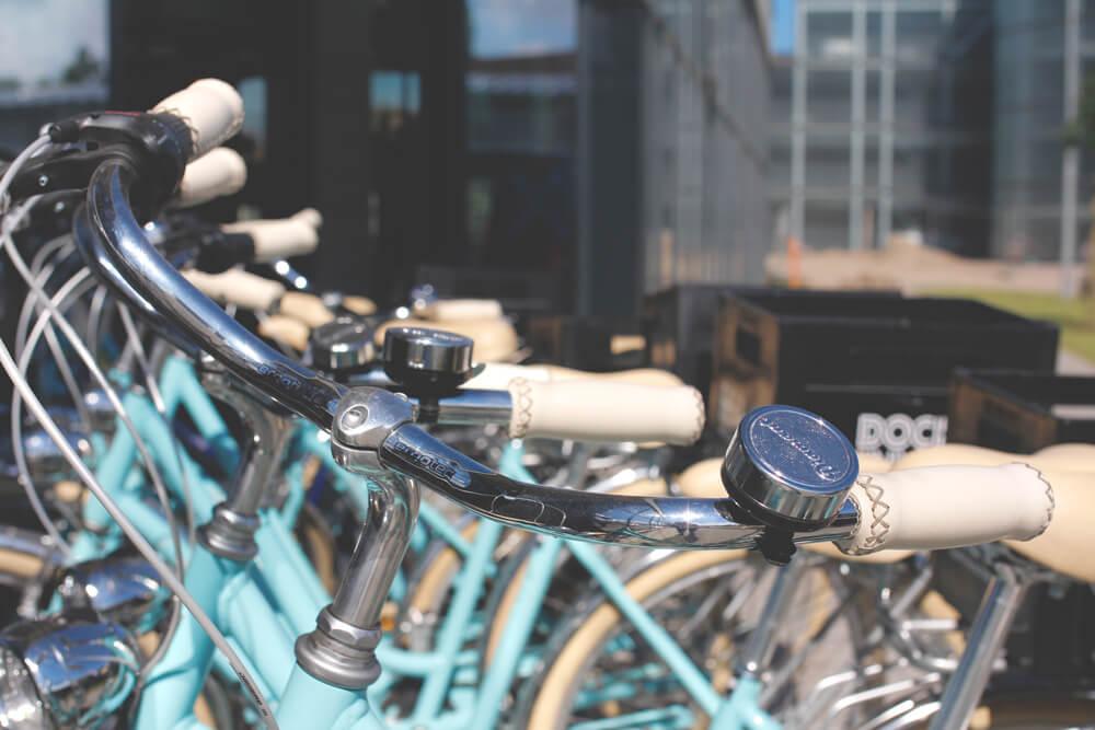 dock-inn-warnemuende-container-hostel-fahrrad