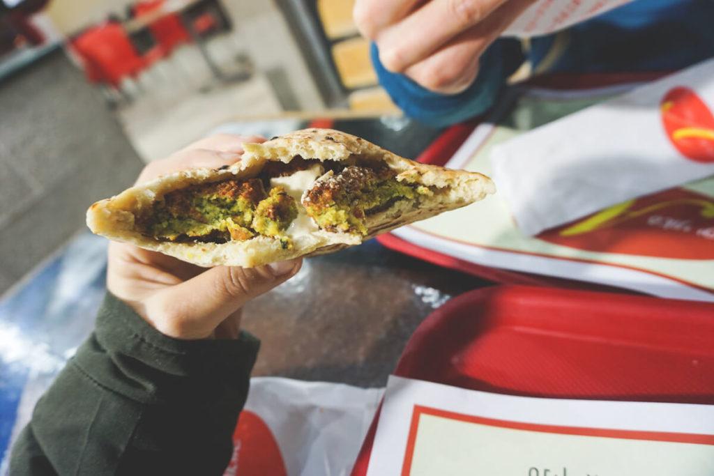 eilat-essen-israel-humus-falafel-imbiss