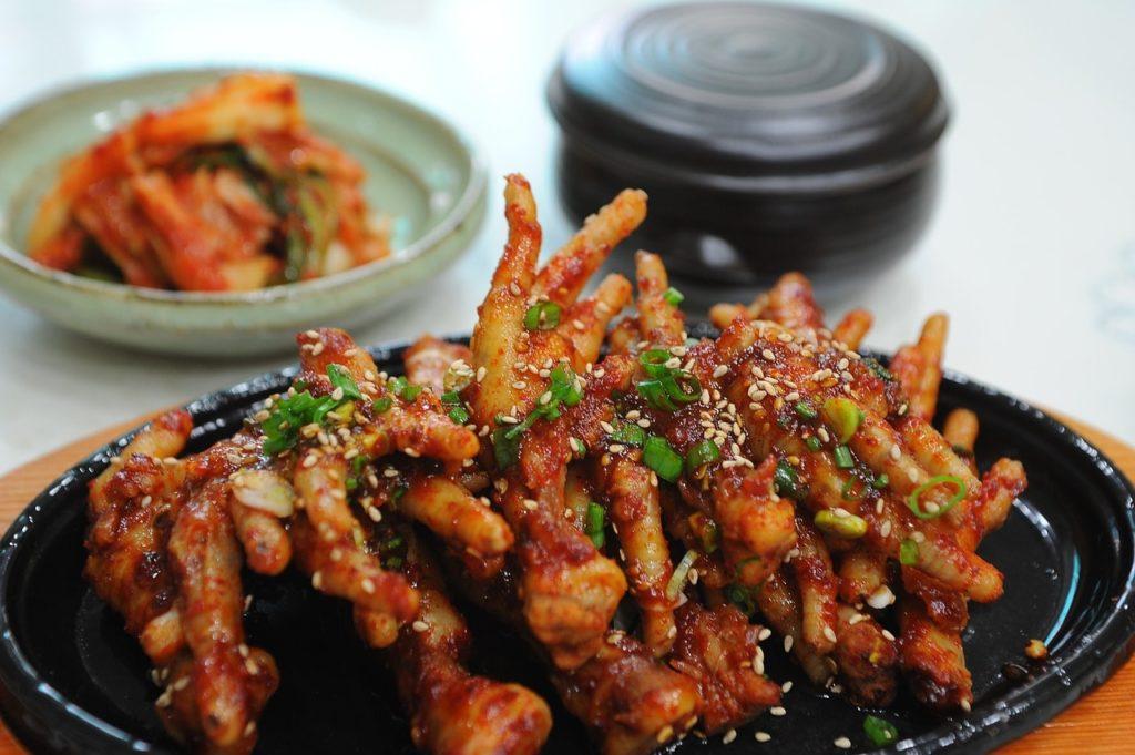 essen-in-hongkong-huhn-chicken-min