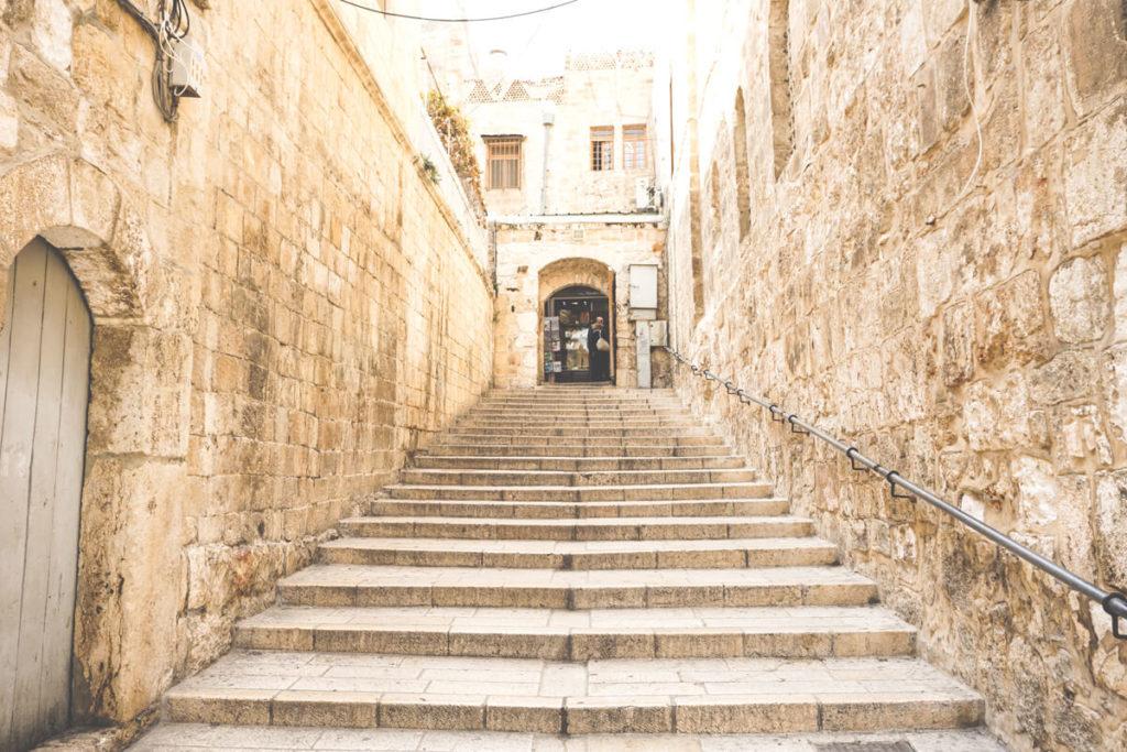 jerusalem-urlaub-tipps-christliches-viertel-treppe