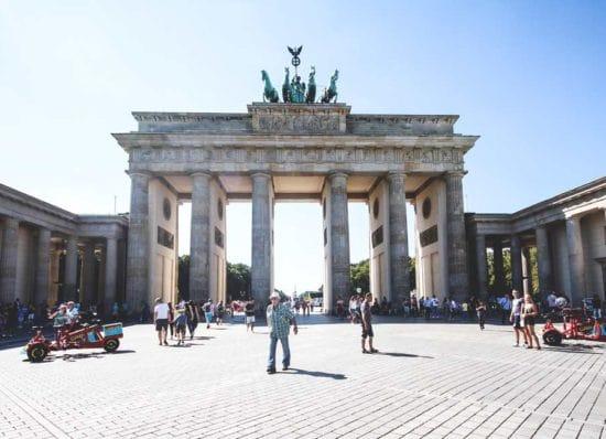 reiseberichte-deutschland-berlin-brandenburger-tor-min