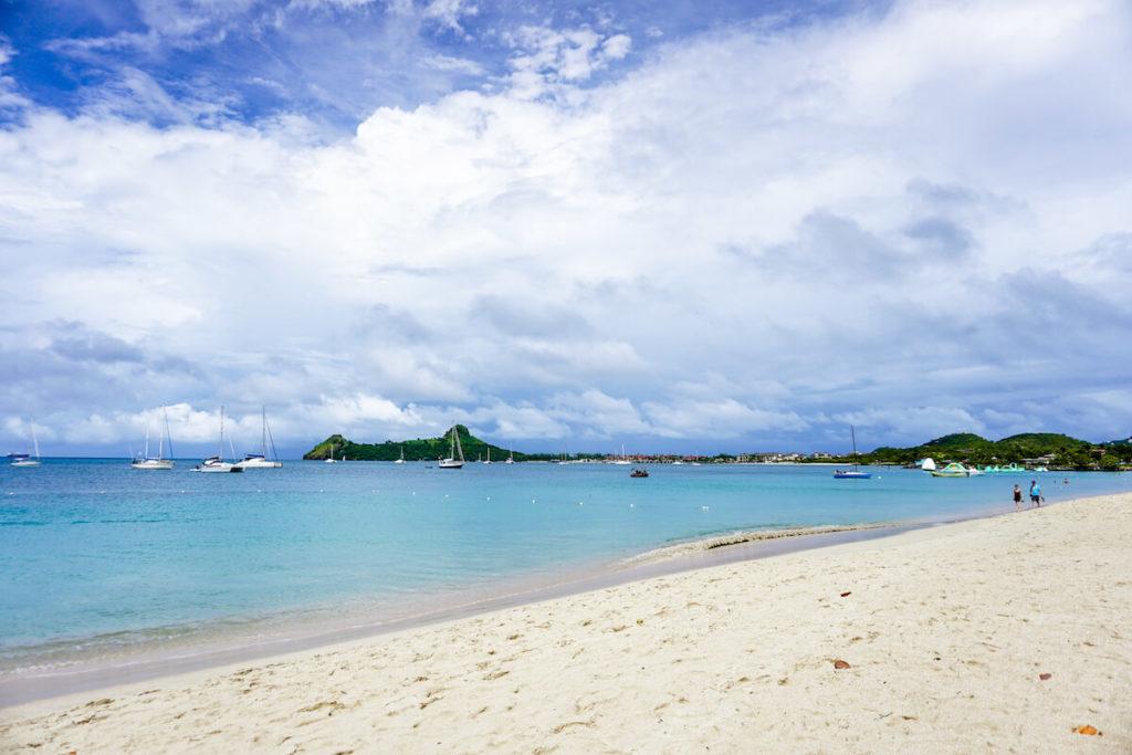 saint-lucia-karibik-reduit-beach-rodney-bay