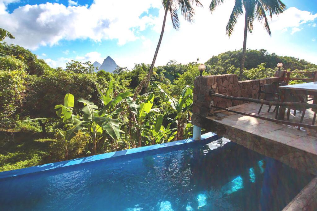 saint-lucia-karibik-unterkunft-crystals-villa-hotel-pool