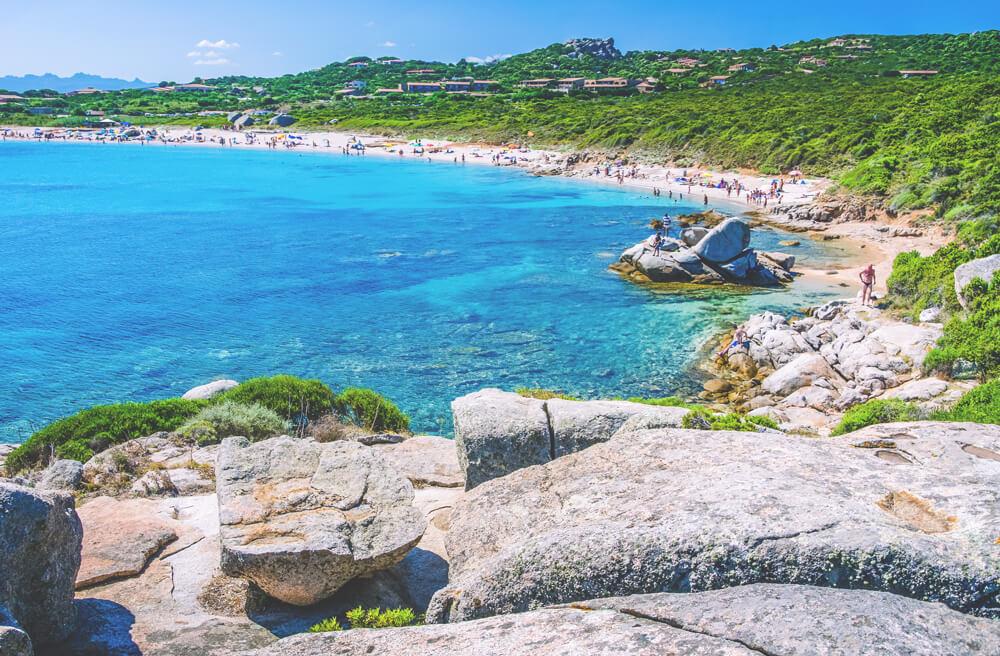 sardinien-roadtrip-rundreise-porto-pollo-strand