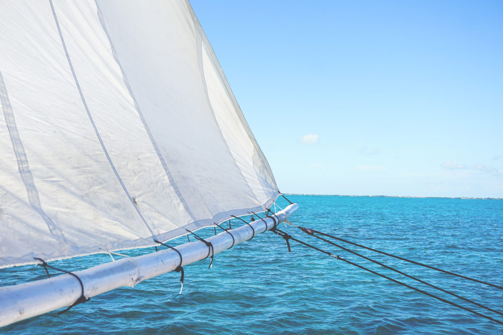 segelboot-caye-caulker-schnorcheltour