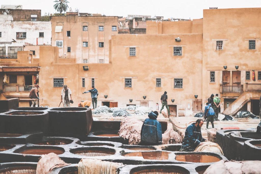 sehenswuerdigkeiten-marokko-fes-gerberei (1)