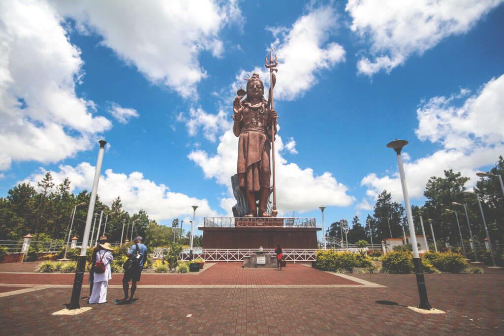 sehenswuerdigkeiten-mauritius-grand-bassin-shiva-statue-1024x683