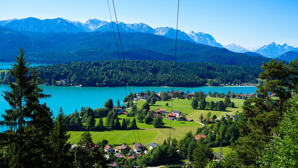 walchensee-bayern-alpen-wanderung-zum-herzogstand-wandern-Seilbahn