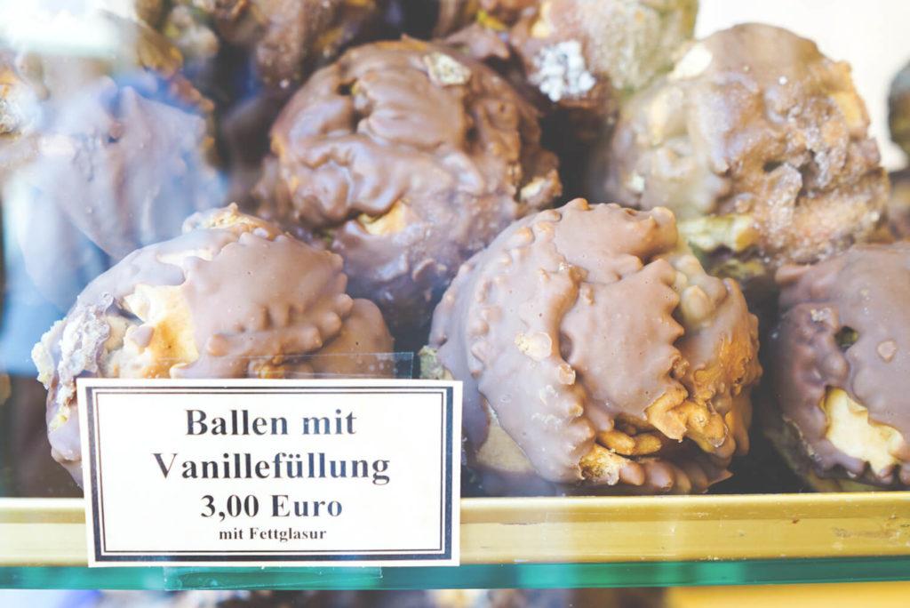 wernigerode-diller-schneeballen-gebaeck