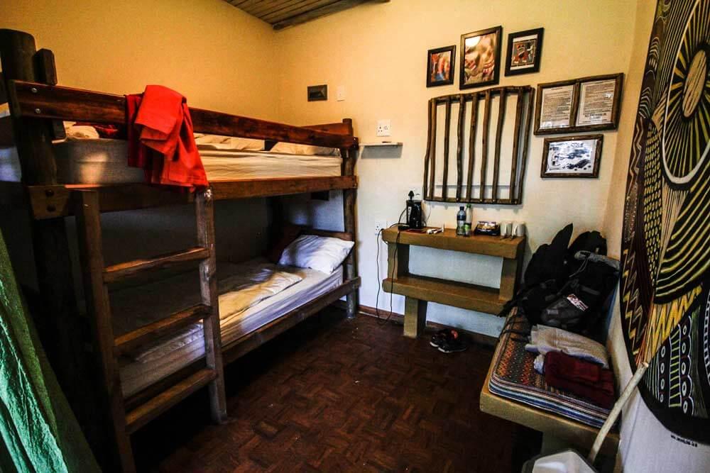 Amphie-Theatre-Backpackers-Drakensberge-Suedafrika-Rundreise-Doppelzimmer
