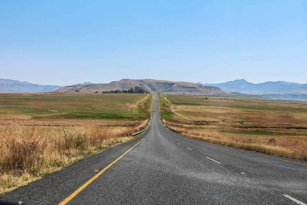 Anreise-Drakensberge-Sudafrika-Rundreise-Mietwagen