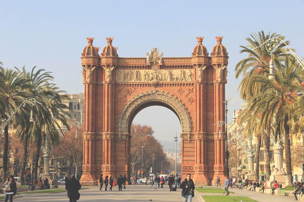 Arc-de-Triomf-Barcelona-Highlights-Attraktionen-Sehensuerdigkeiten