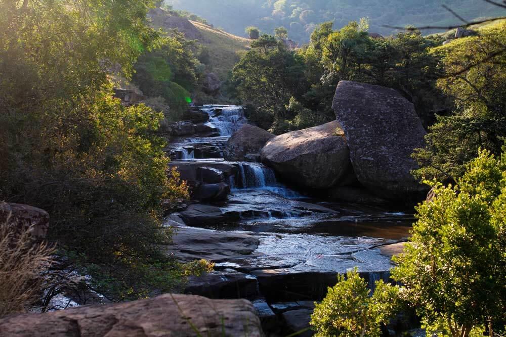 Cascades-Drakensberge-Suedafrika-Tour-Rundreise-Pool-1