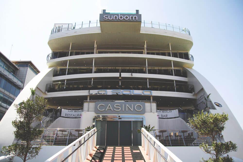Casino-Gibraltar-Hafen-Sunborn