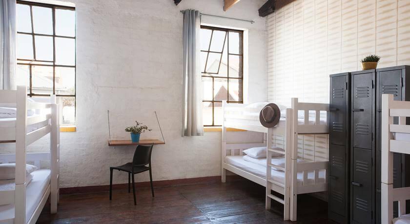 Curiocity-Hostel-Johannesburg-dorm-zimmer