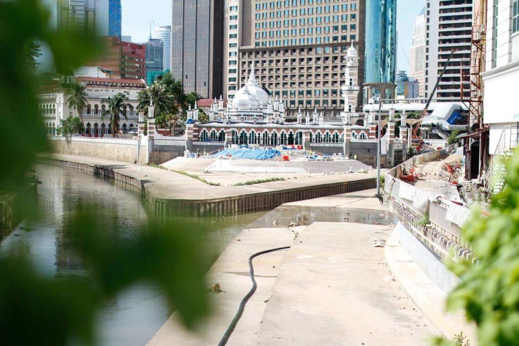Kuala-Lumpur-Highlights-Masjid-Jamek-Malaysia