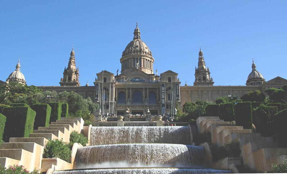 Nationalpalast-Barcelona-palau-nacional-Spanien-Attraktionen