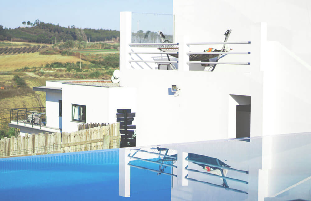 Nomad-Week-Portugal-The-Mavericks-Surf-Villas-Pool-1