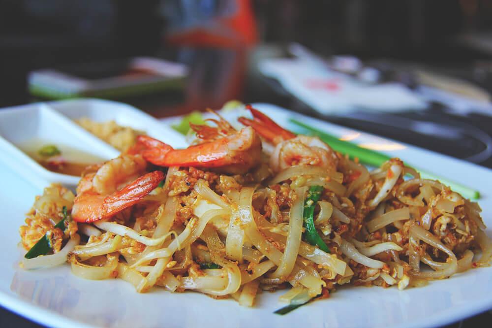 Pad-Thai-Gericht-Thailand-Weltreise-Street-Food-1
