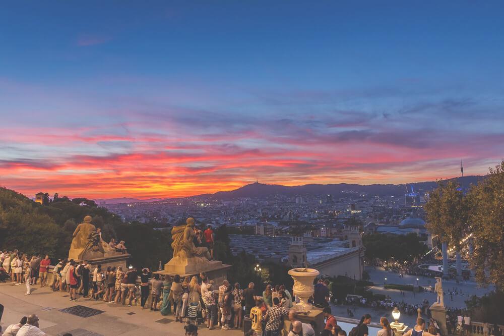 Parc-Montjuic-Seilbahn-Aussicht-Barcelona-Spanien-Highlights