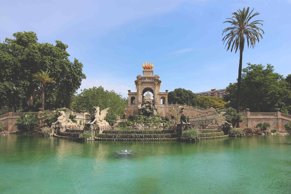 Parc-de-la-ciutadella-Barcelona-Highlights-Attraktionen-Sehenswuerdigekiten