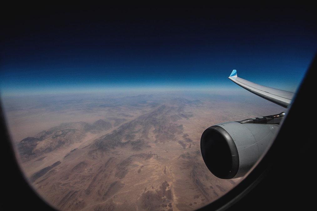 Weltreise-Flug-Flugzeug-Aussicht-1