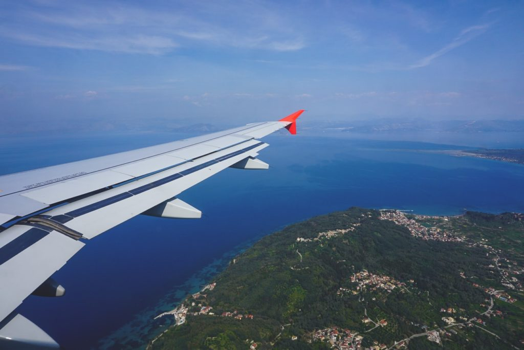albanien-urlaub-anreise-flugzeug-korfu