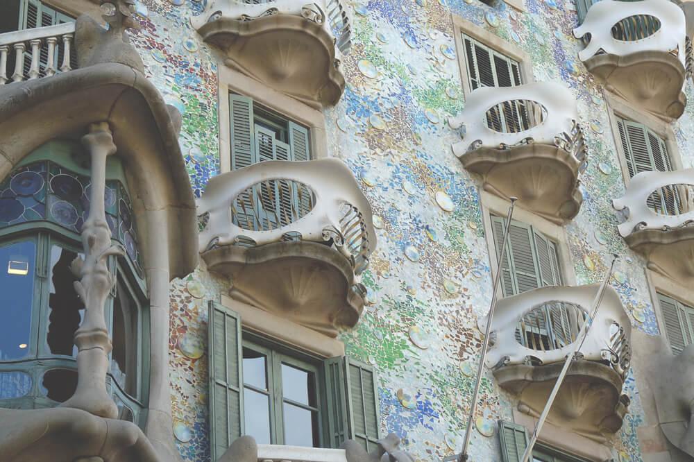 casa-batllo-barcelona-Spanien-Gaudi-Sightseeing-Attraktionen