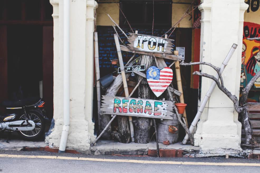 ipoh-malaysia-sightseeing-stadt-kunst