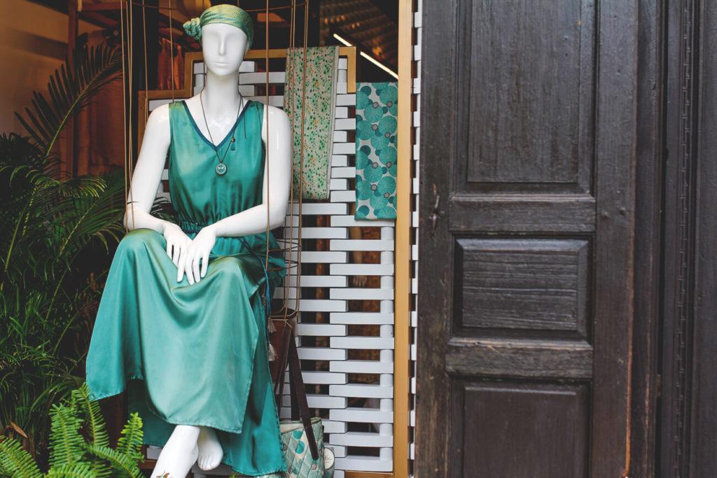 Hoi-An-Vietnam-Shopping-Schneiderei