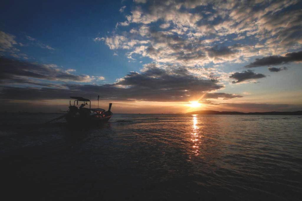 Krabi-Ausflug-Thailand-Railay-Beach-Sunset (1)
