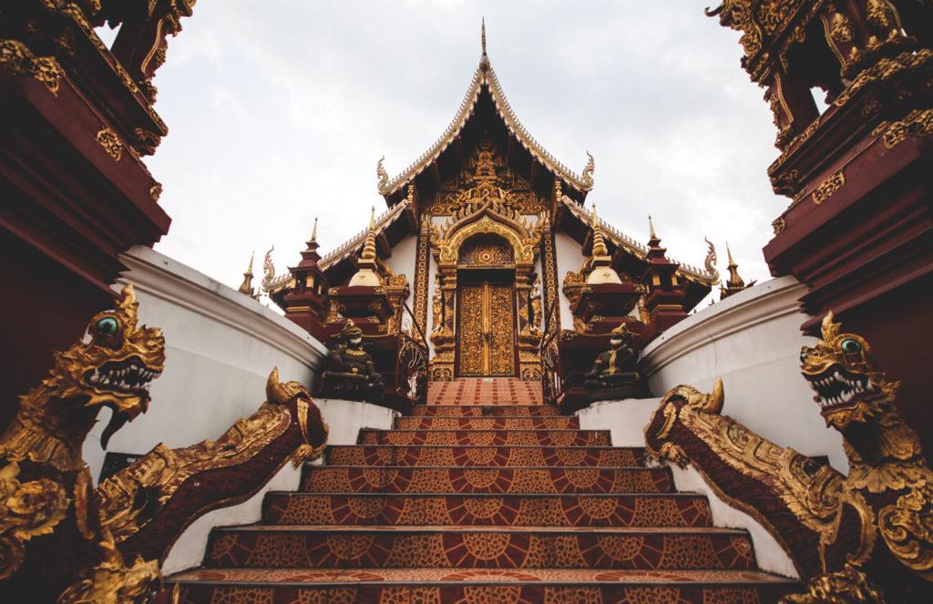 chiang-mai-sehenswuerdigkeiten-highlights-Wat-Monthian