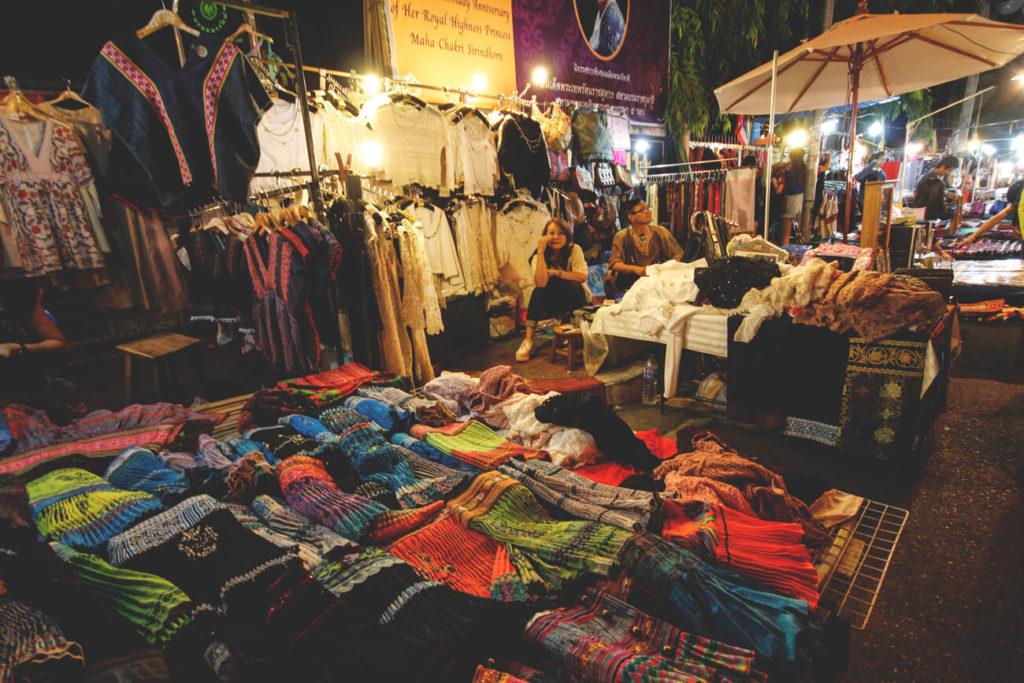 night-market-chiang-mai-highlights