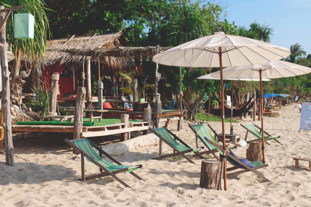Koh-Lanta-Thailand-Strandbar-Strand