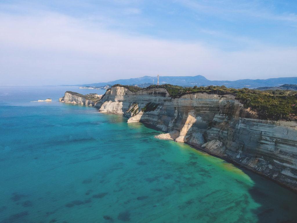 Korfu-Kurzurlaub-Kap-Drastis-Aussichtspunkt-Drohnenaufnahme
